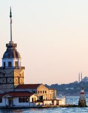 Maiden's Tower or Leander's Tower is located in the middle of the Marmara Sea and there is a mini restaurant in it.