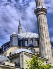 Mimar Sinan is ona of the most well-known arthitect in the world. And this mosque is a great work of him.