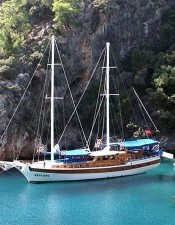 By joining our Marmaris boat tours, you can have fun with the tour participants.