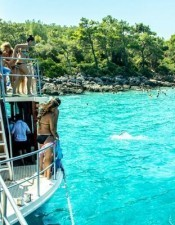 There is so much to do activity in Marmaris, but the boat trip in Marmaris is the most popular one.